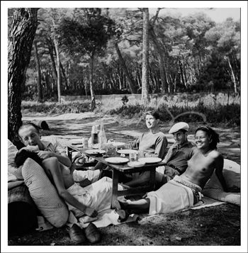 © Lee Miller Archives - Picnic, Ile Saint Marguerite - The Platinum Printroom Print